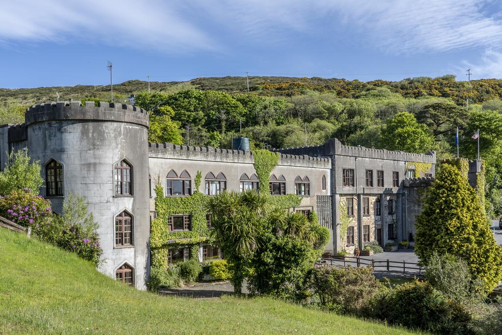 abbeyglen-castle-outside