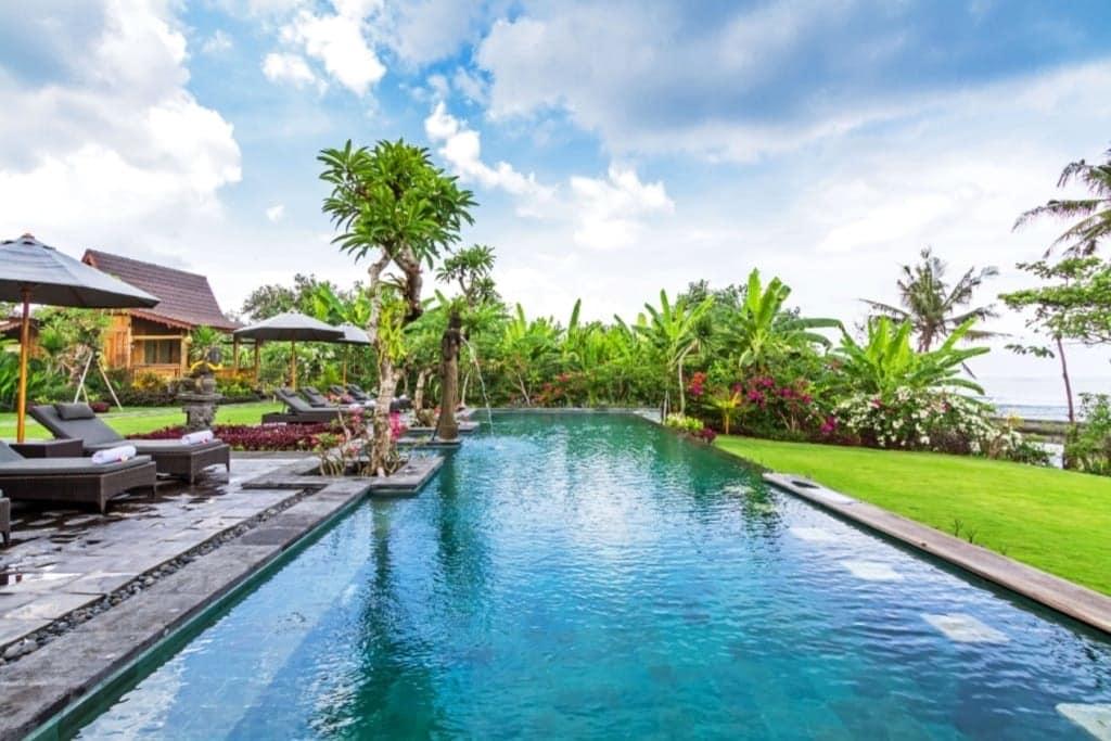 Bali_Natha_Beachfront_Bungalows