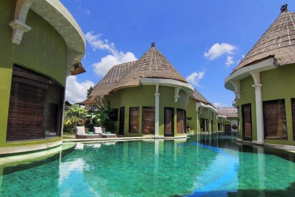 Lagoon_Villa_Seminyak Bungalows Bali